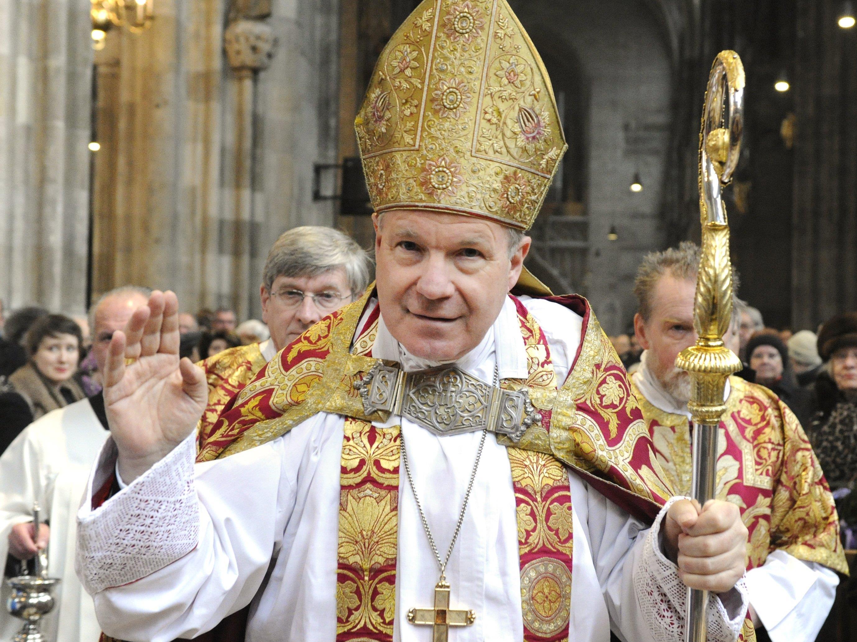 Kardinal Schönborn wusch Flüchtlingen und Firmlingen die Füße