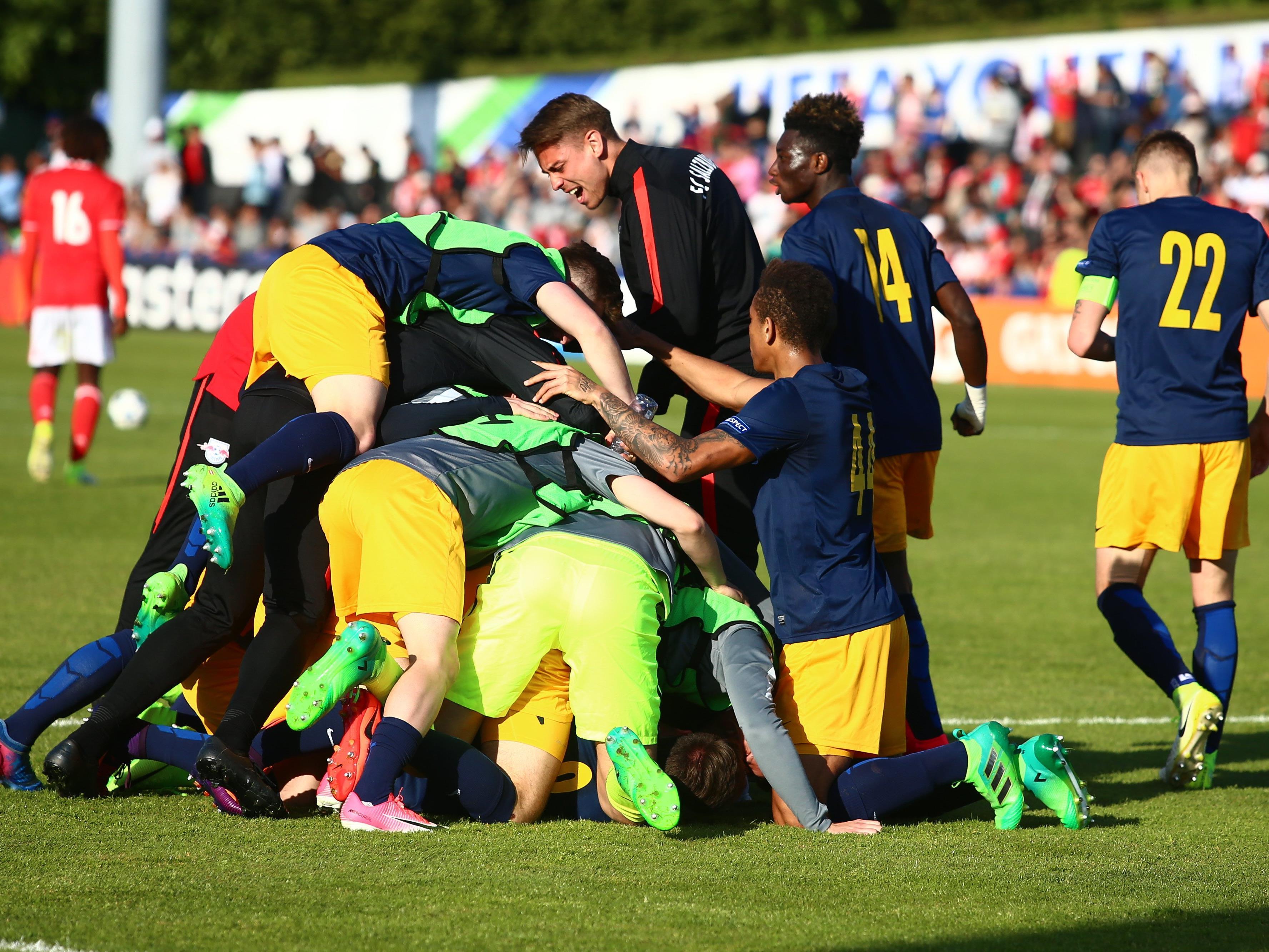 Top-Sensation durch Salzburgs U-19-Team.