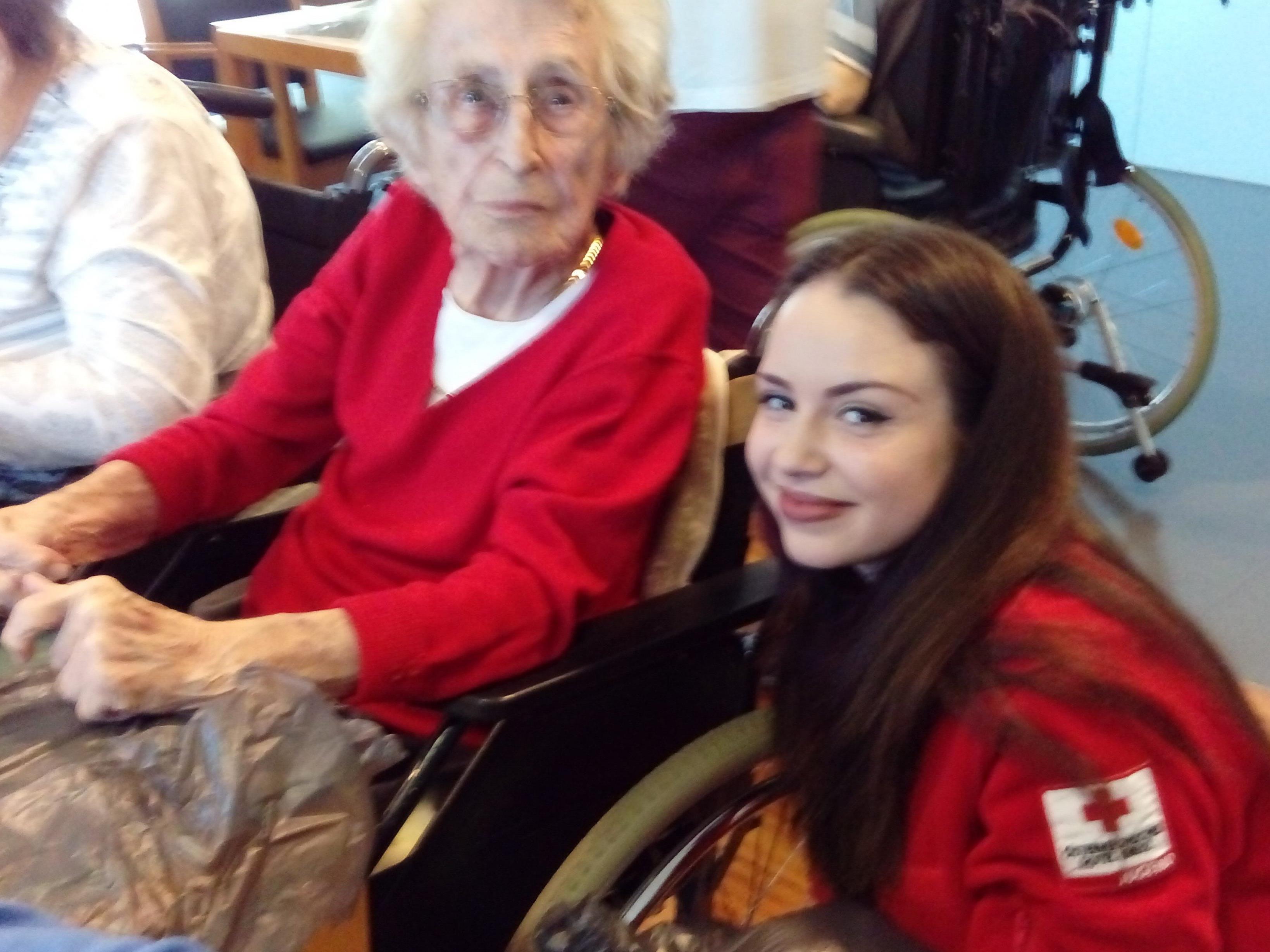 Die jungen Rotkreuzler sorgten für Abwechslung im Seniorenhaus Schützengarten