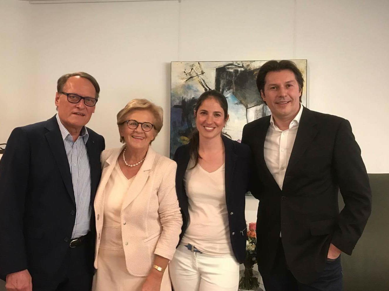 Landtagsvizepräsident Ernst Hagen, Melly Grabher, die neue Obfrau Corinna Mandjik und Martin Fitz.
