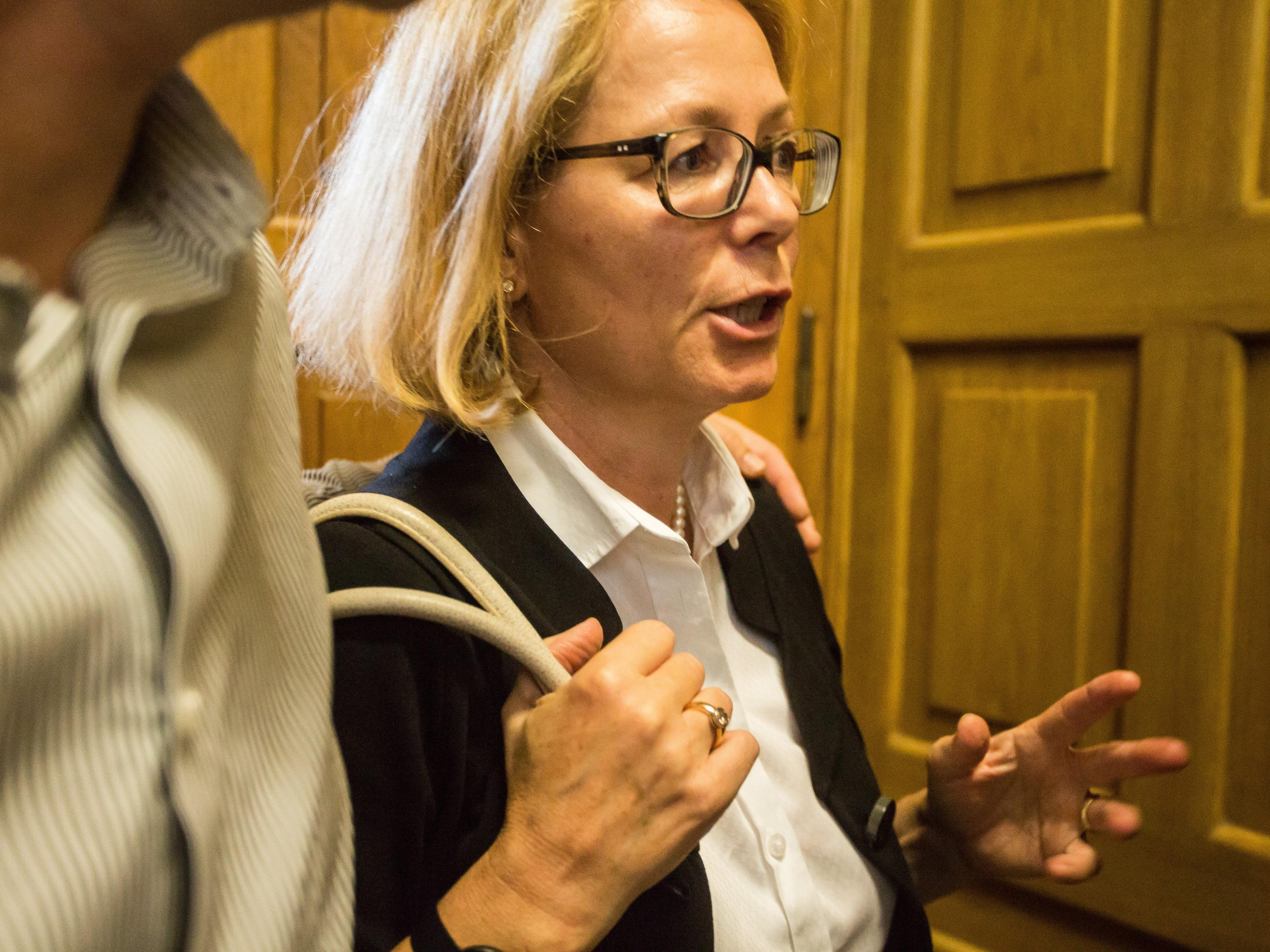 Kornelia Ratz konnte ihre Strafe mit einer Fußfessel verbußen.
