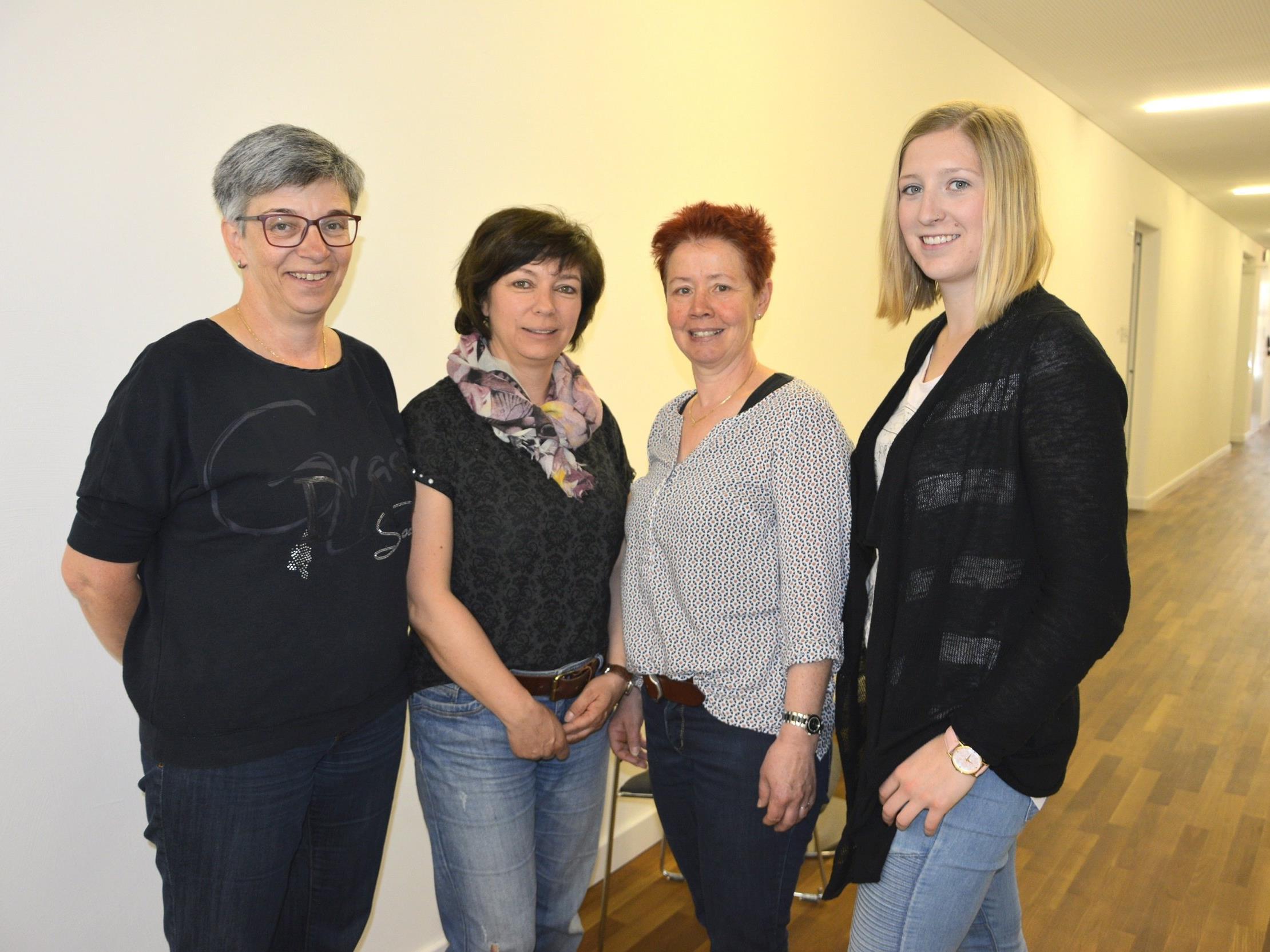 Vier Mitarbeiterinnen der MoHi Lustenau haben bereits die Ausbildung für das Trainingsprogramm erfolgreich abgeschlossen.