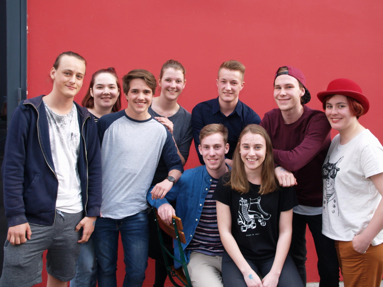 Neun jugendliche Poeten begeisterten beim ersten U20 Poetry - Slam am Spielboden.