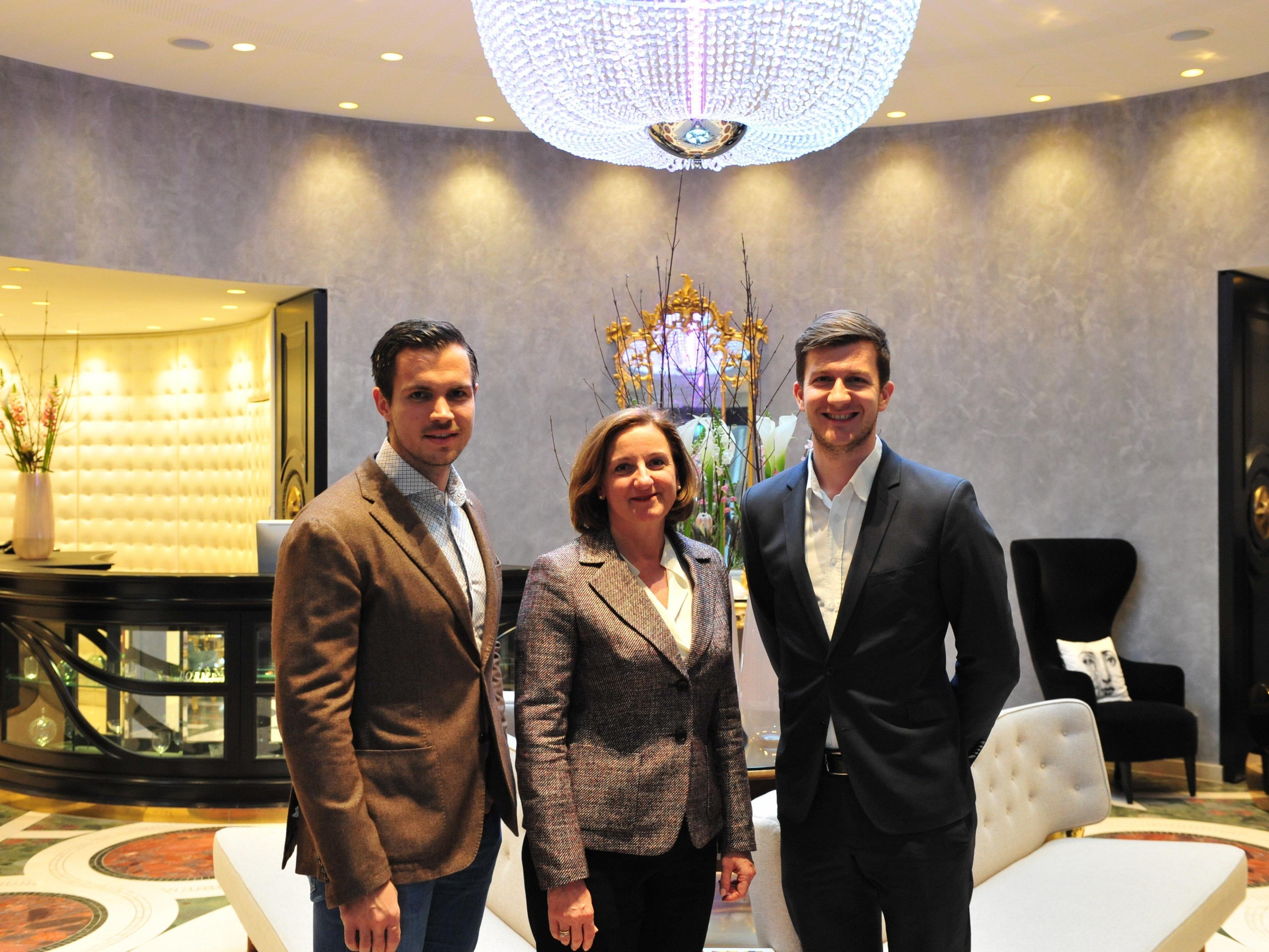 v.l.n.r.: Florian Wassel BA (Geschäftsführer TOWA), Andrea Fuchs (General Manager, Sans Souci), Peter Fetz MA (Marketing Manager, Sans Souci).