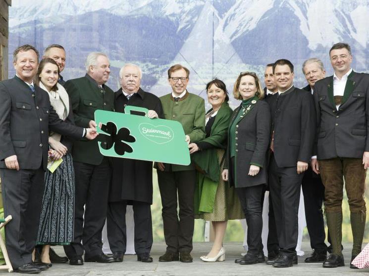 Feierliche Eröffnung des Steiermark-Reigens in Wien.
