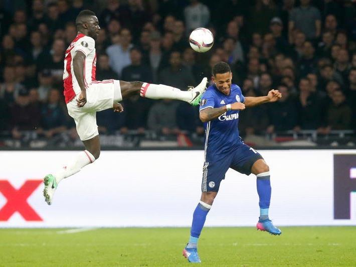 Ajax mit dominantem Auftritt