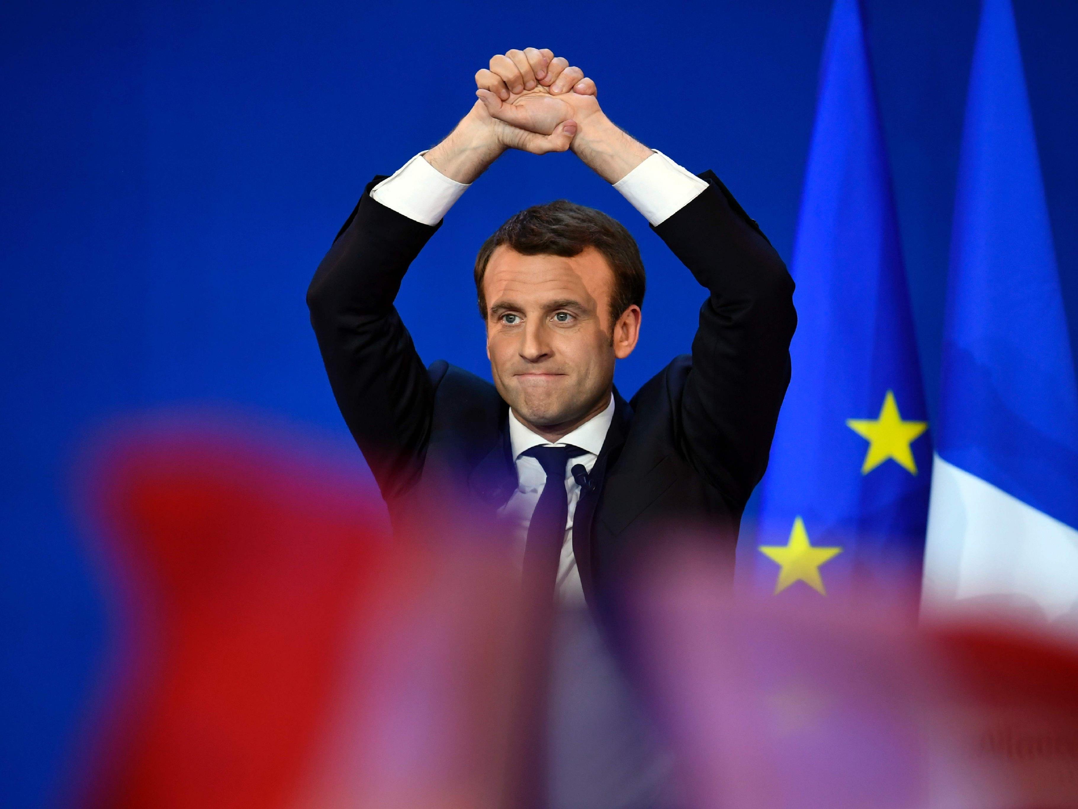 Macron geht am Sonntag als Wahlsieger hervor.