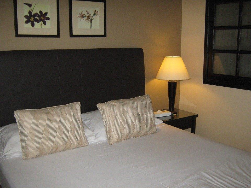 Der Hotelangestellte hatte die Frau in ihrem Zimmer missbraucht.