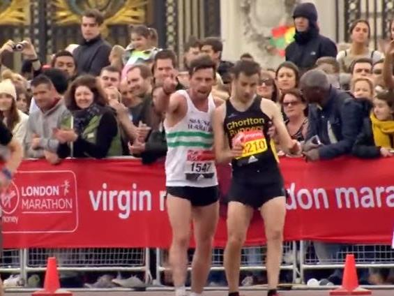 Rührende Momente beim Londoner Marathon. - © YouTube