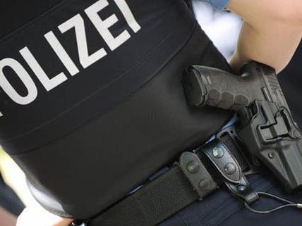 Die Polizei nahm den 21-Jährigen fest.