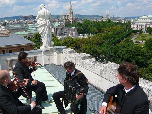 Vom 21. April bis zum 18. Mai findet wieder das Wienerliedfestival statt.