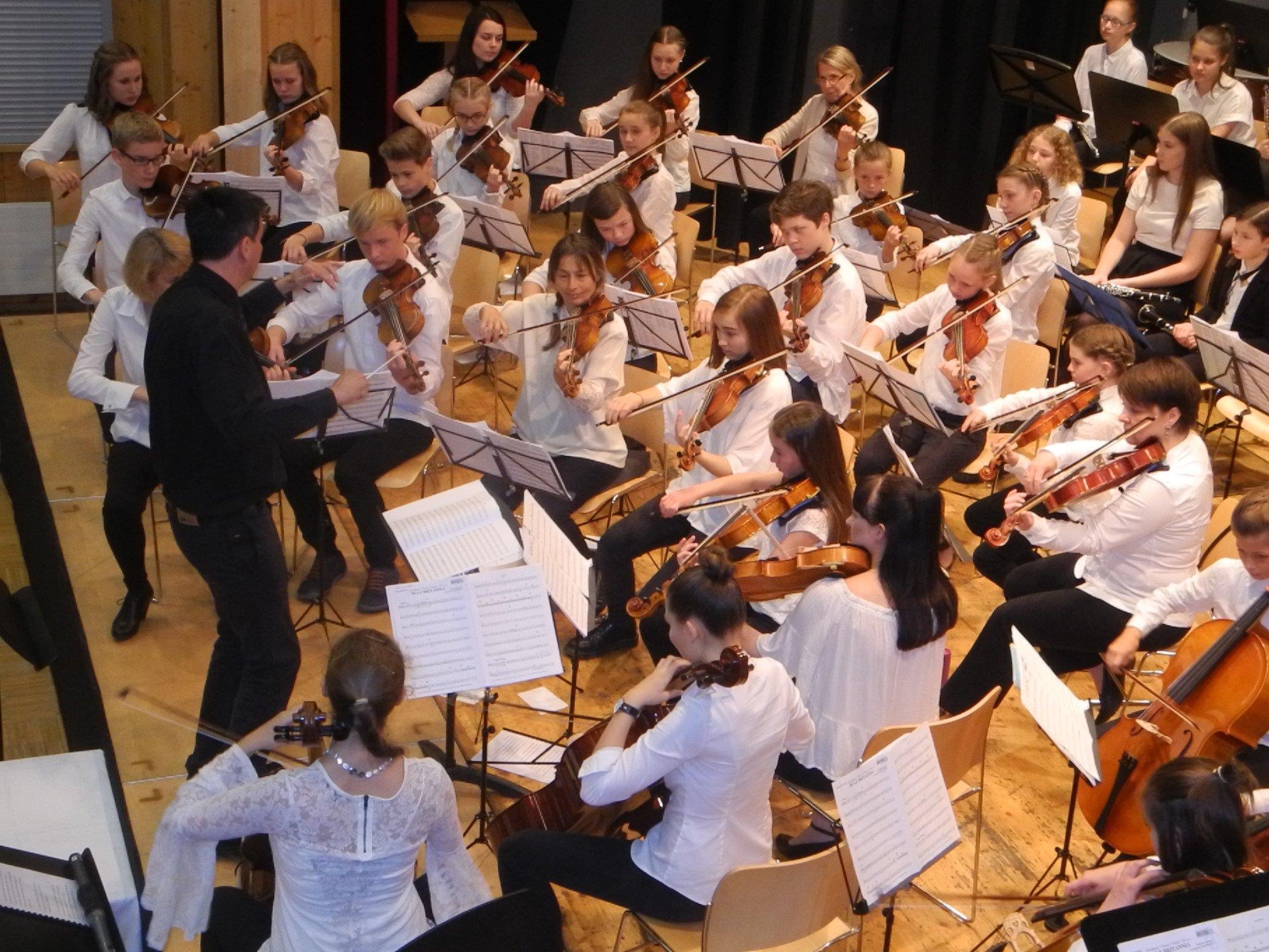 Das Orchester der Musikschule Bregenzerwald zog bei einem begeisternden Konzert alle Register seines Könnens.