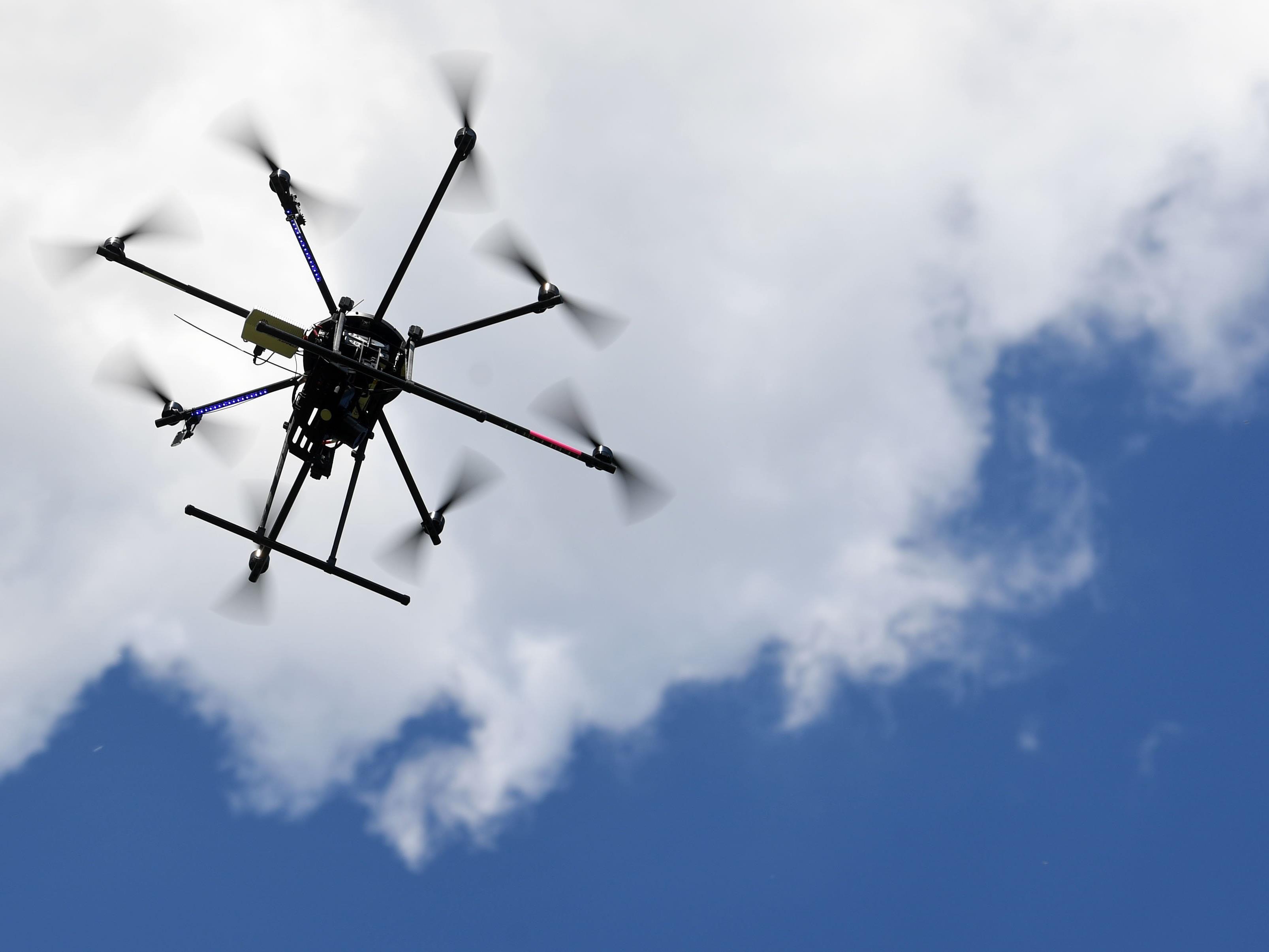 Eine Wiener Firma ist Weltmarktführer bei der Herstellung von Drohnen.