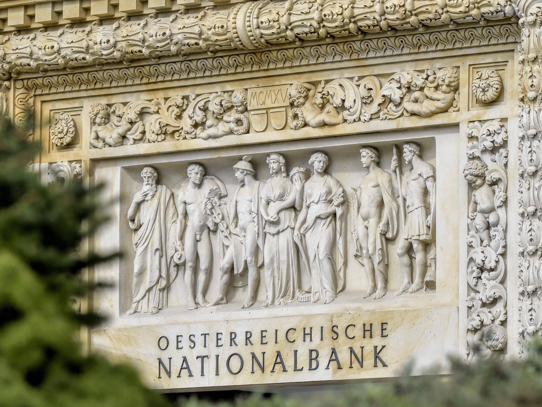 Im Kampf um die Sonderpensionen geben die Nationalbanker nicht auf.