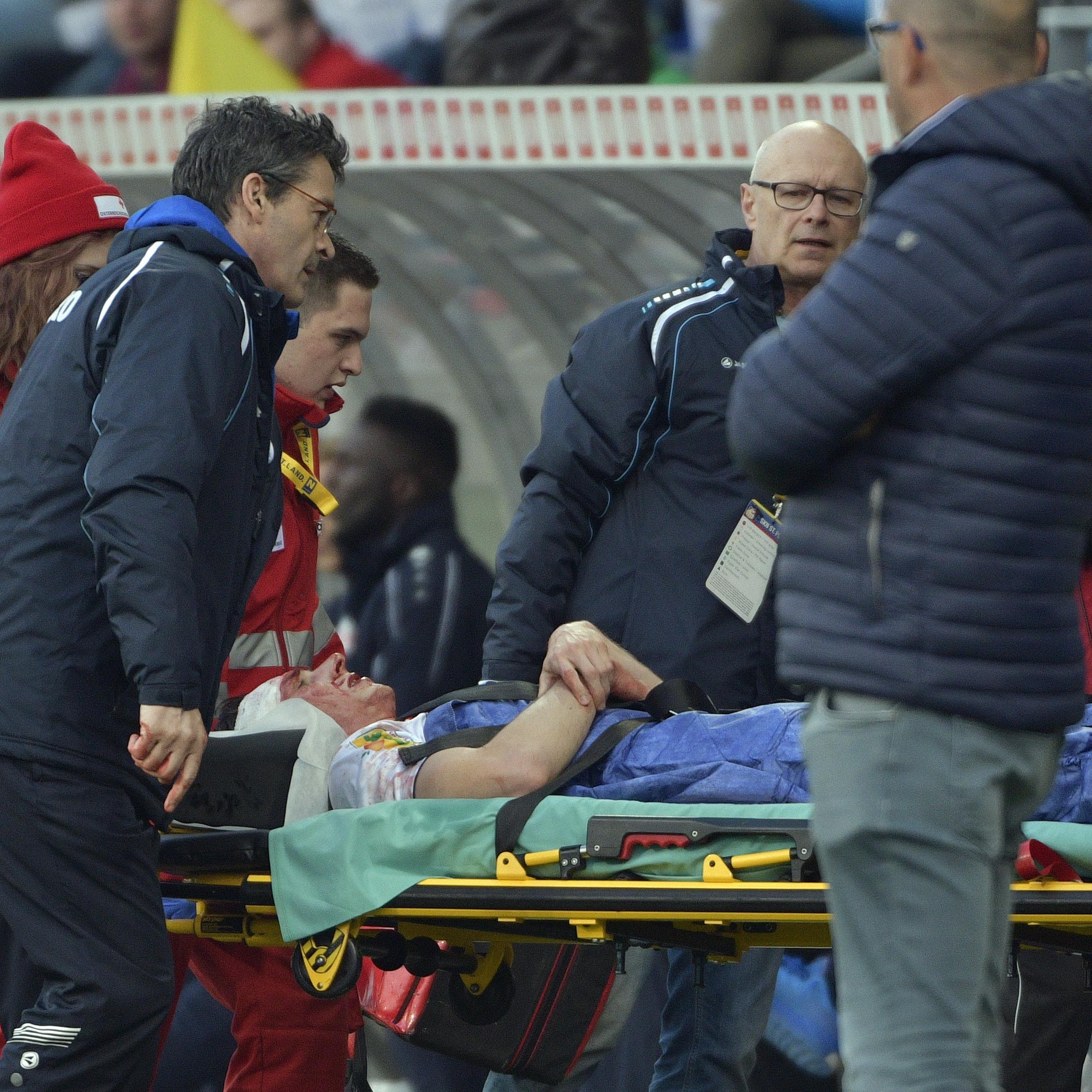 Der kurzzeitig bewusstlose Zech wurde ins Krankenhaus St. Pölten gebracht, am Montag konnte er dieses verlassen.