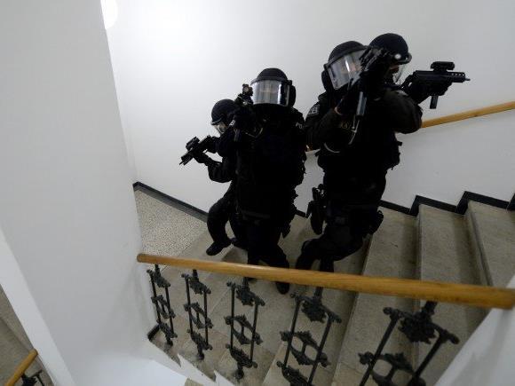 Beamte der Cobra nahmen den 30-Jährigen fest.