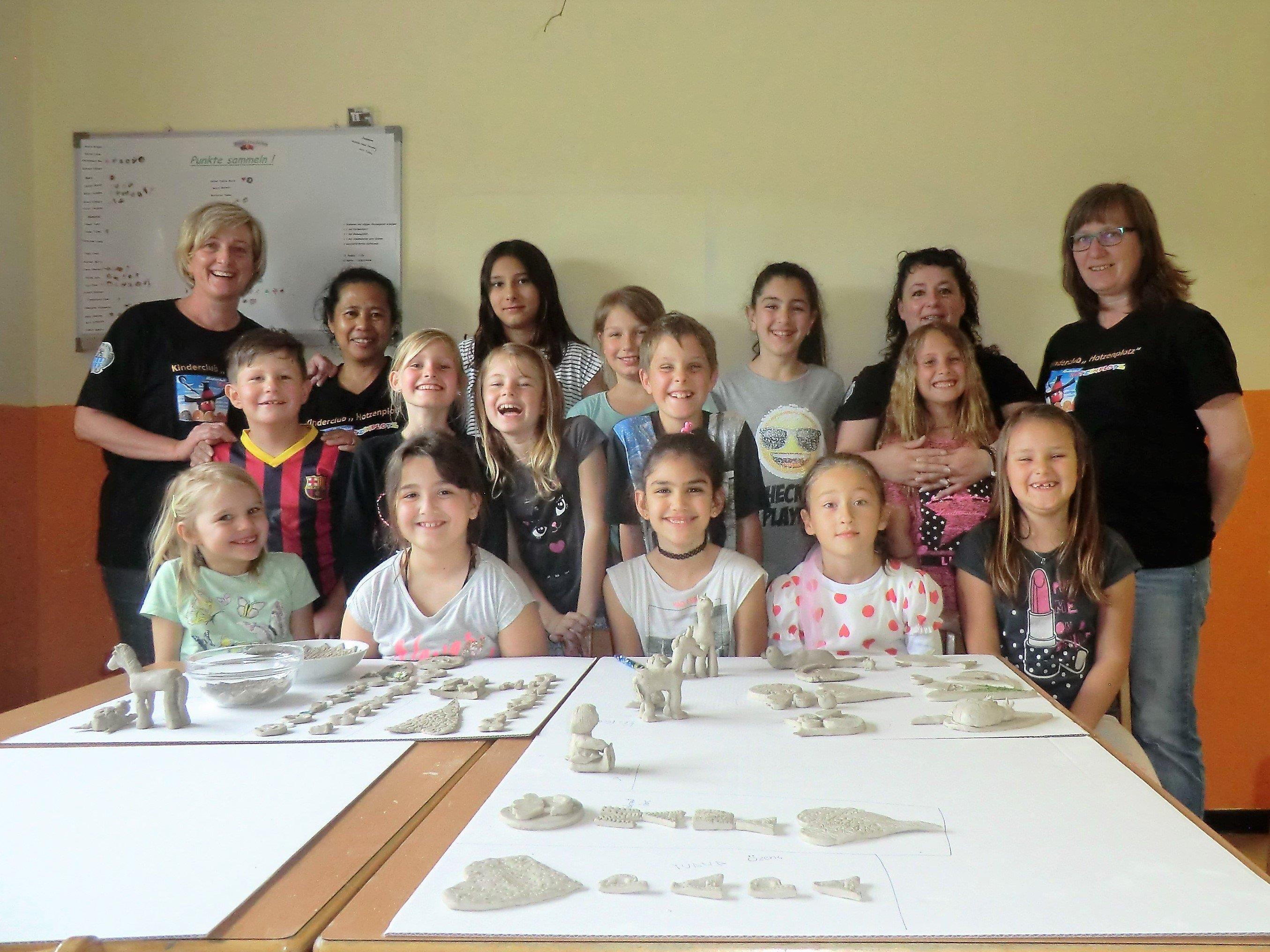Die Teilnehmer mit ihren wunderschönen Werken