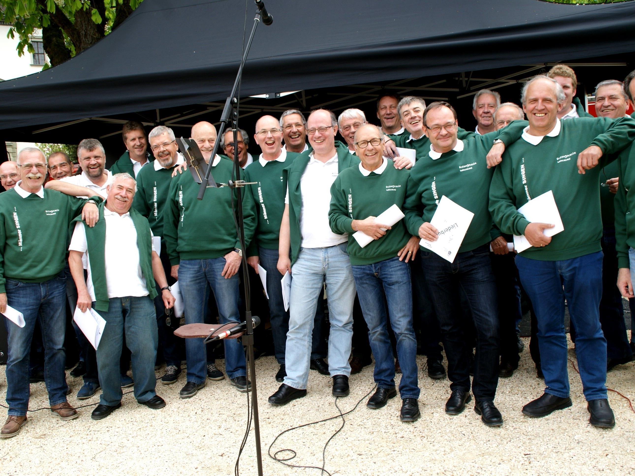 Die Sänger sorgten für musikalischen Hochgenuss am Schlossplatz