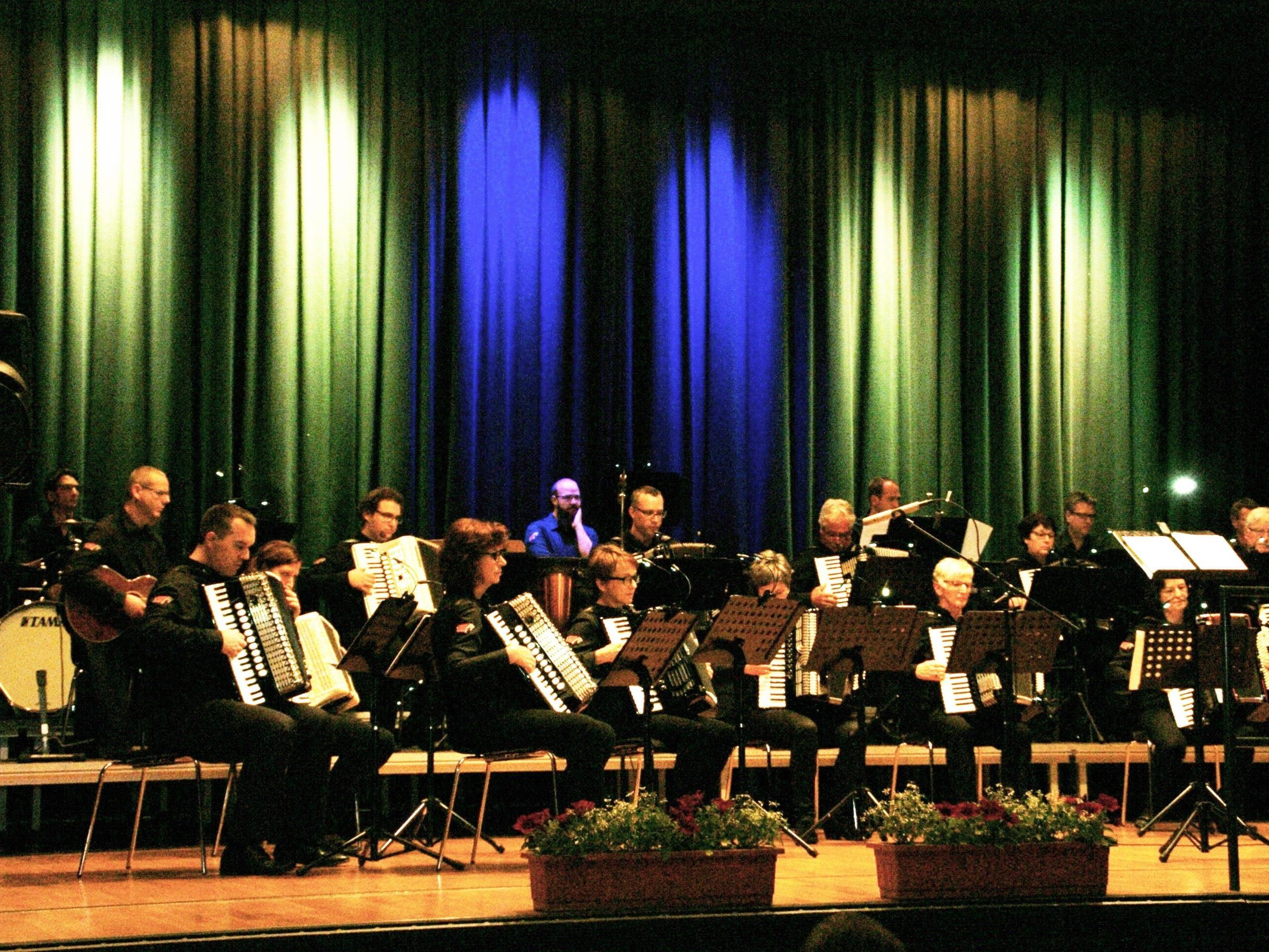 Der Akkordeonclub Altach spielte zum Konzert auf.