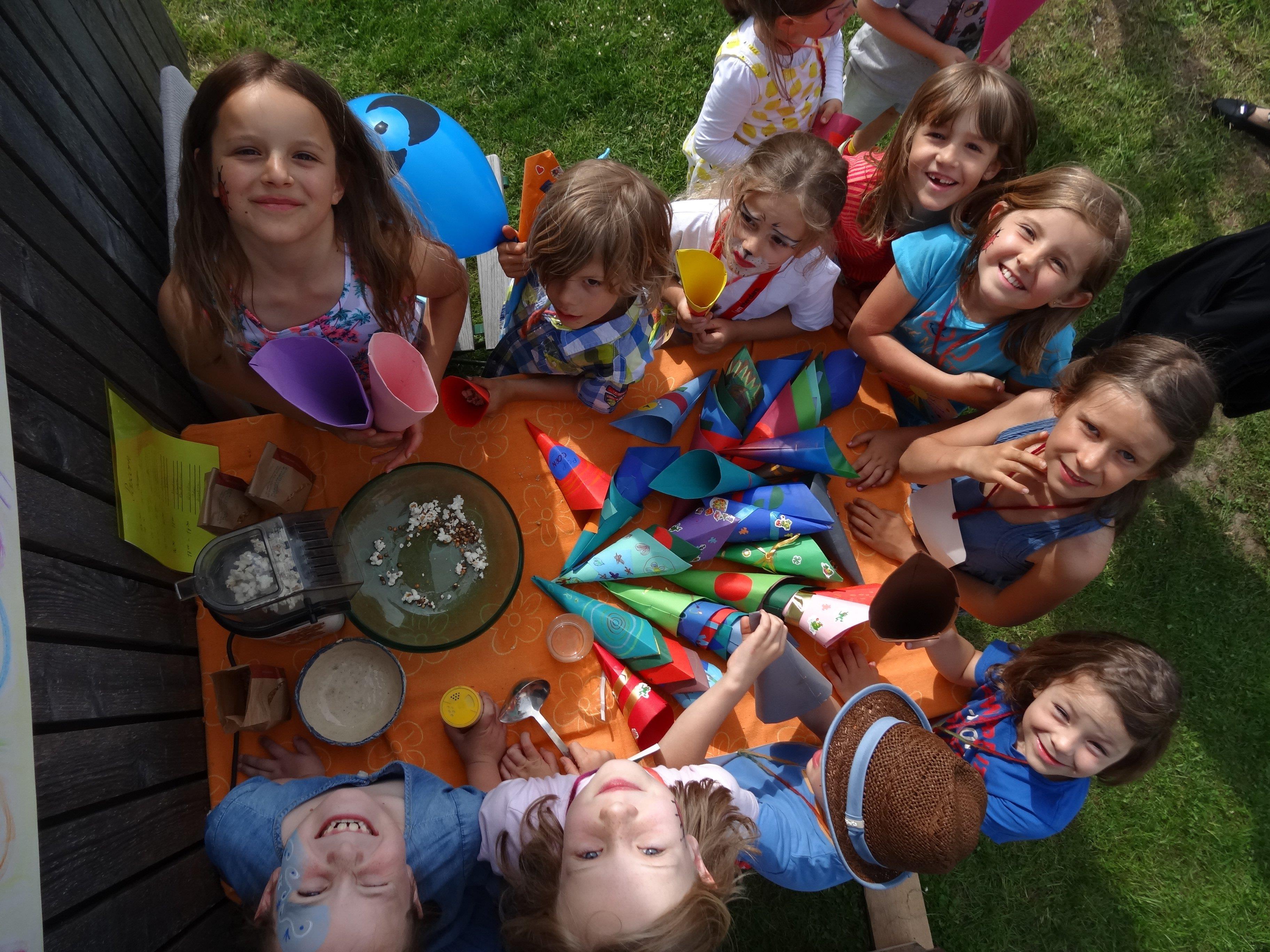 Das Familienspielefest bietet die Gelegenheit, die Familienschule und den Waldorfkindergarten kennenzulernen