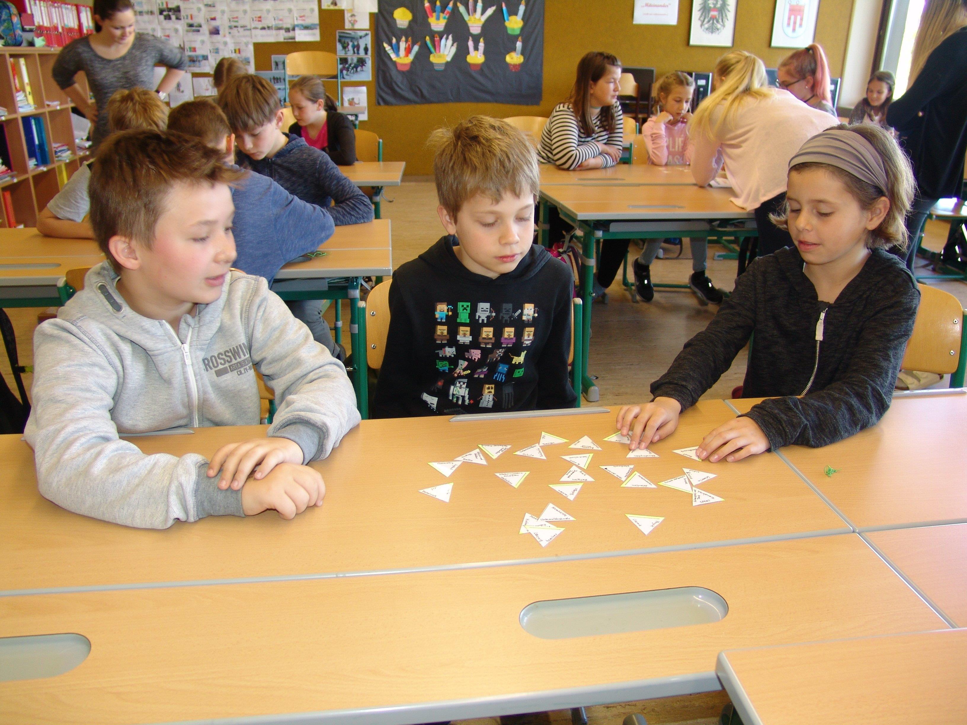 Volksschüler zu Besuch an der NMS Sulz-Röthis