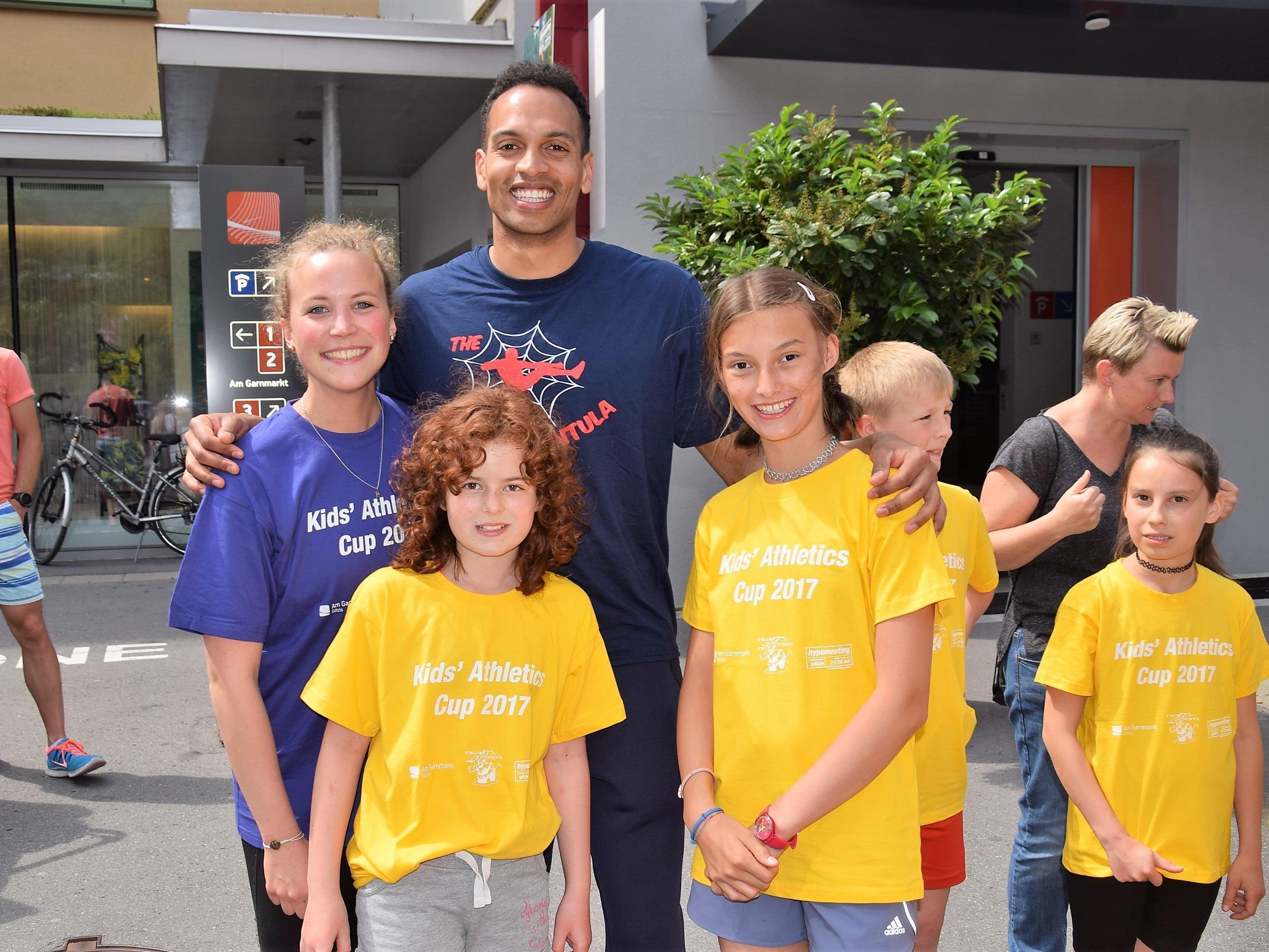 Die Hypo Meeting Athleten waren zum Greifen nah beim Kids Athletics Cup am Garnmarkt