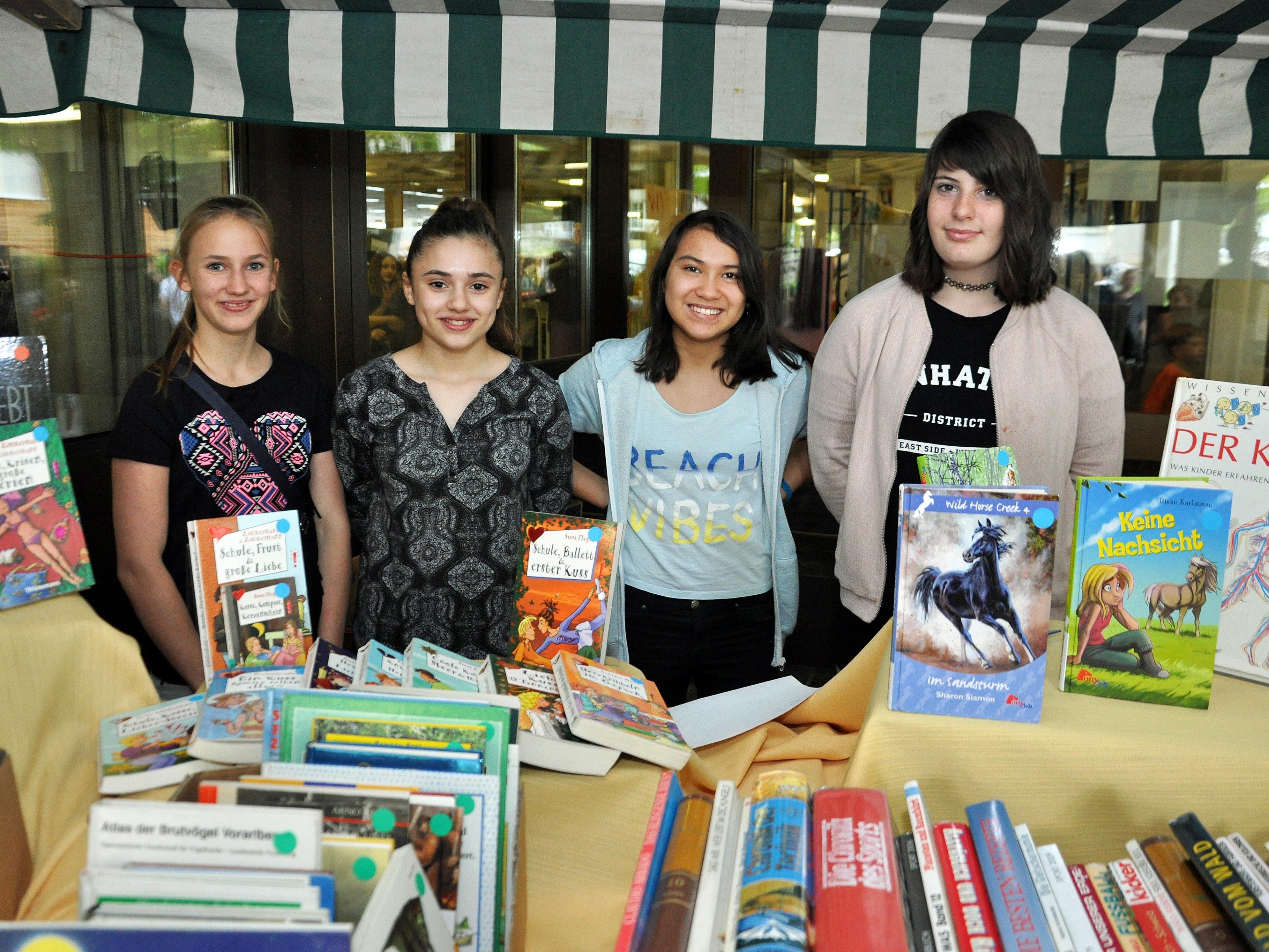 Auch ein Bücherflohmarkt stand beim Schulfest auf dem Programm.