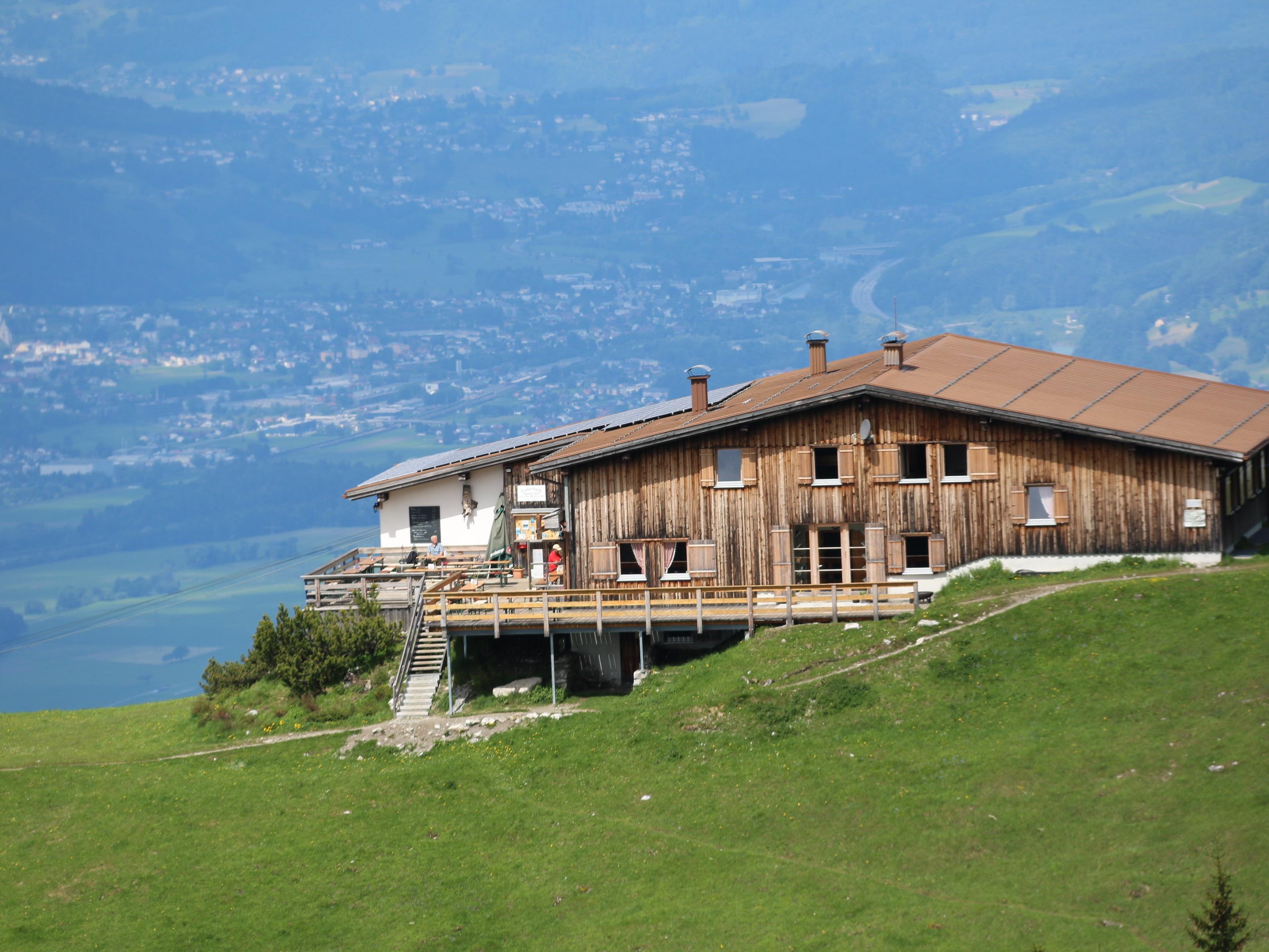 Die Berghütten im Land nehmen wieder den Betrieb auf.