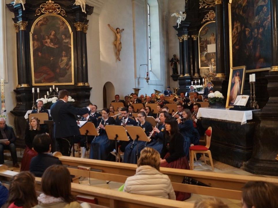 Harmoniemusik Ludesch in der Pfarrkirche
