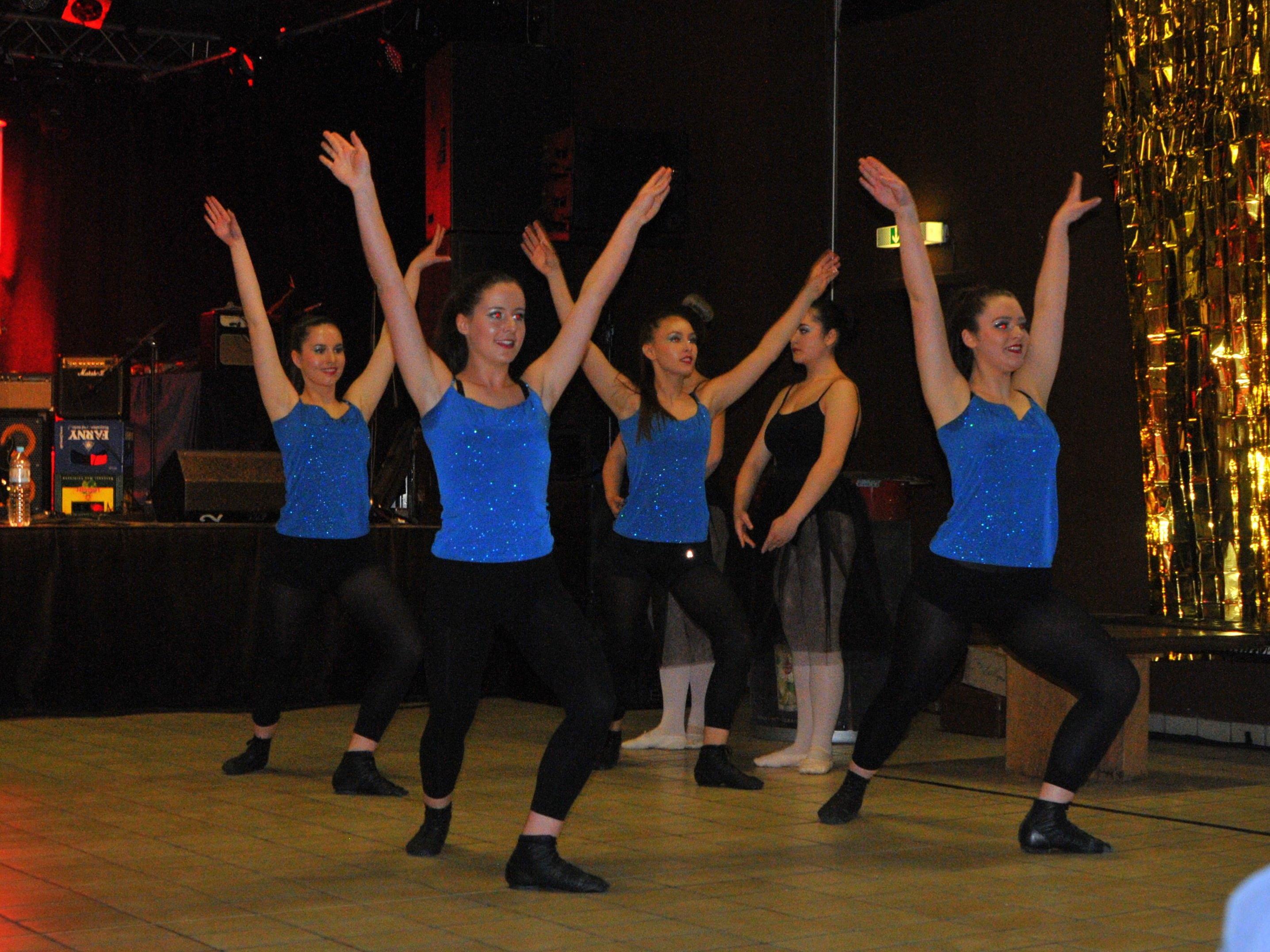 Tänzerinnen Ballettschule Monika / Verein Terpsichore