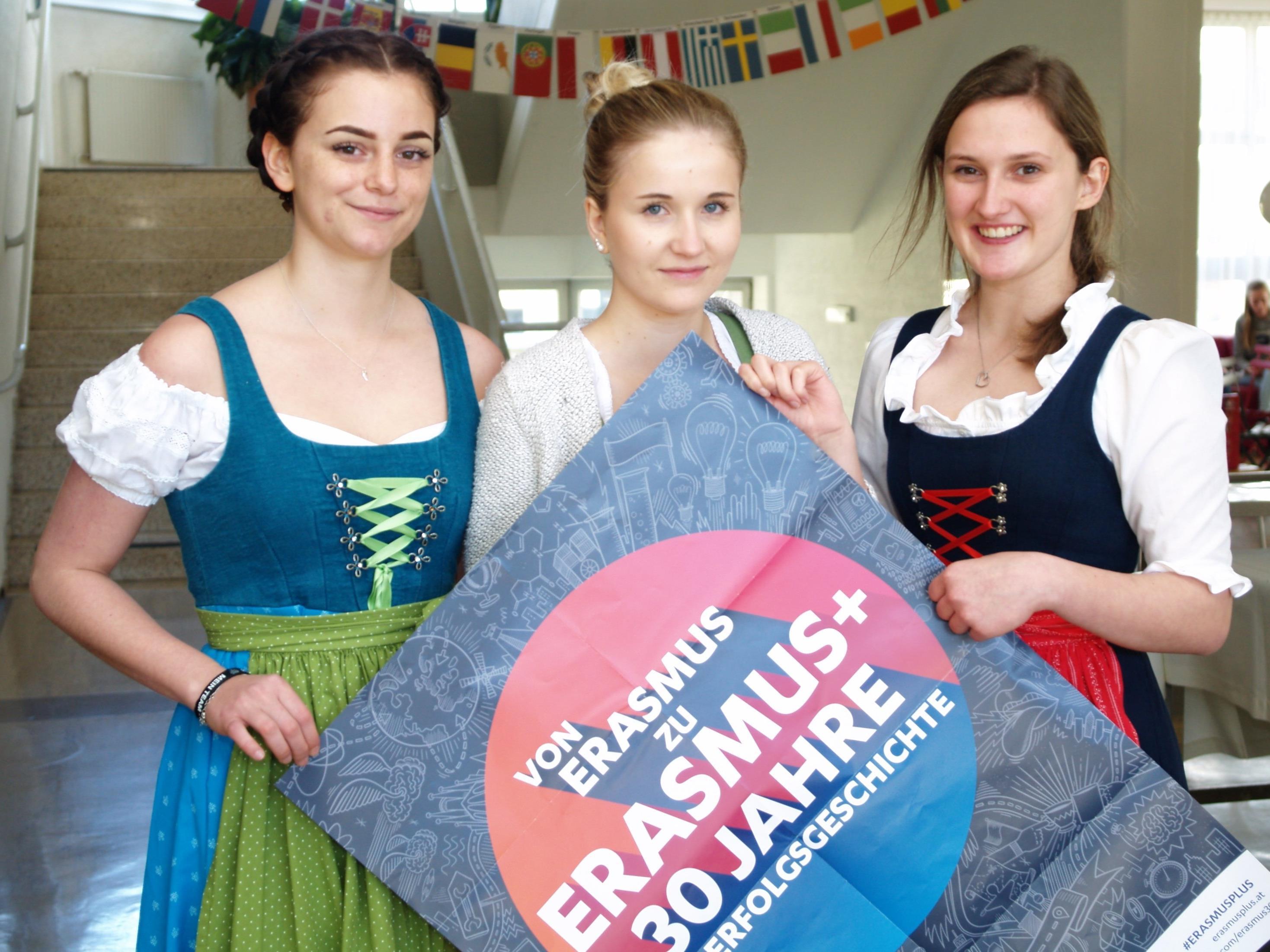 """Anlässlich des  Jubiläums """"30 Jahre Erasmus EU Mobilitätsprojekte"""" lud die HLW zum Unternehmer - Frühstück"""