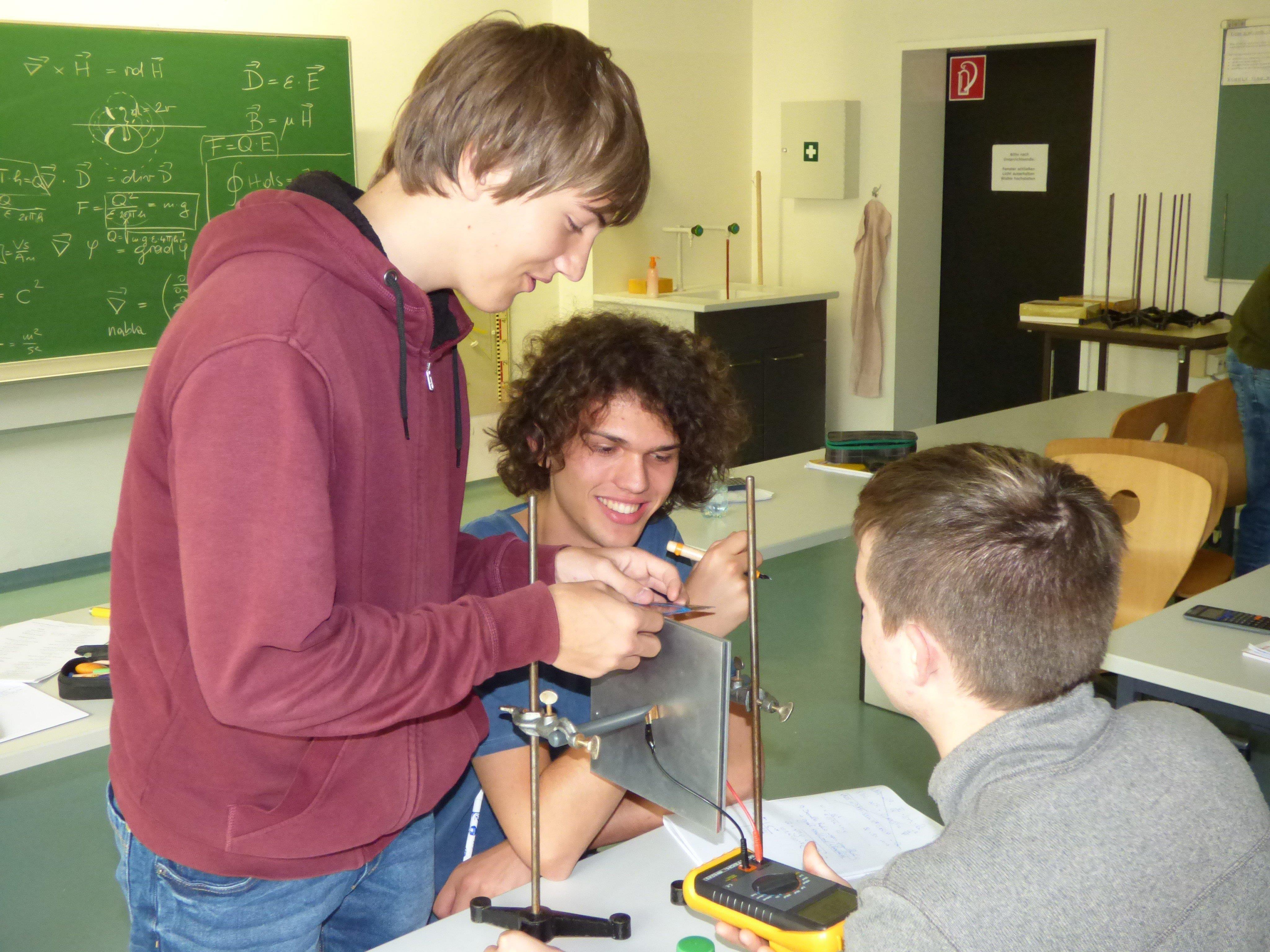 Da ist Lernen auch großes Hobby: 14 Jungphysiker bereiteten sich auf das Bundesfinale vor.