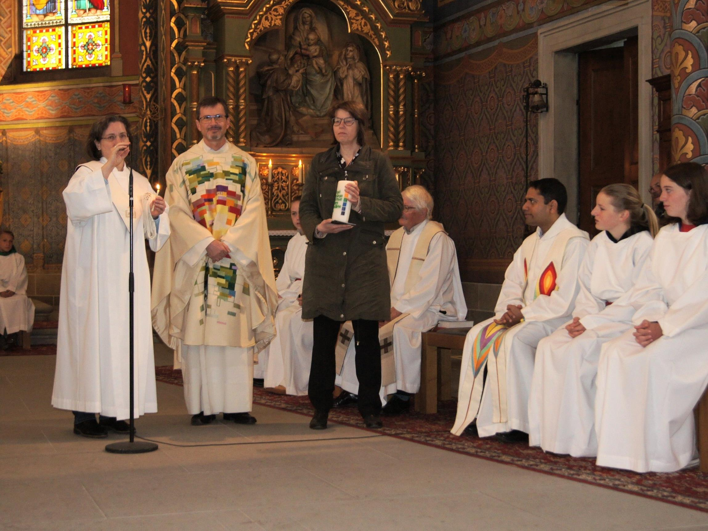 Pfarrer P. Christian Stranz feierte im Rahmen der Sonntagsmesse sein silbernes Priesterjubiläum.