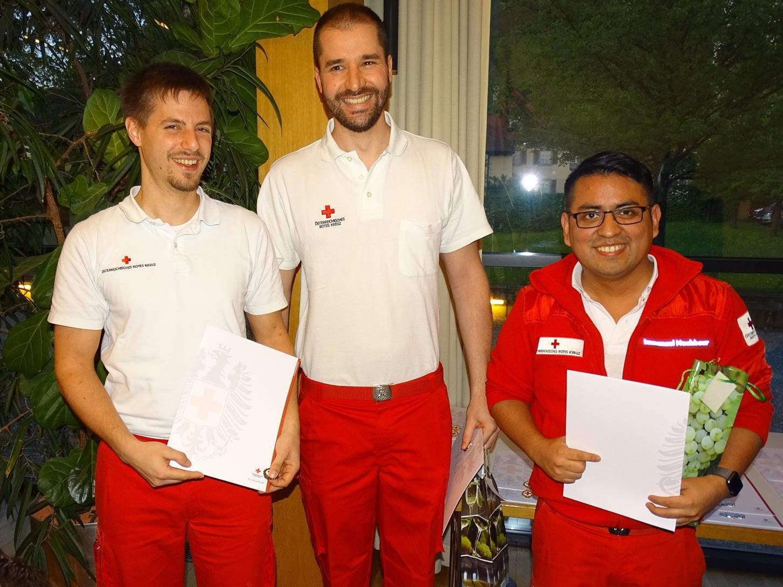 Peter Freydl, Simon Mathis und Immanuel Nachbaur (v.l.) wurden für 10 Jahre Vereinstreue geehrt.
