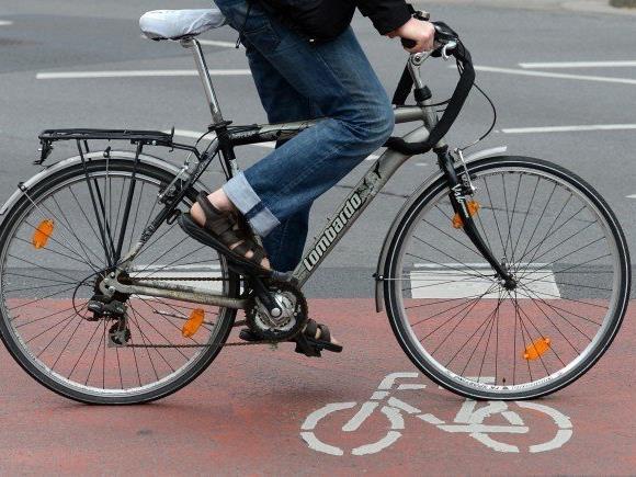 Eine Radfahrerin wurde in der Nordwestbahnstraße schwer verletzt