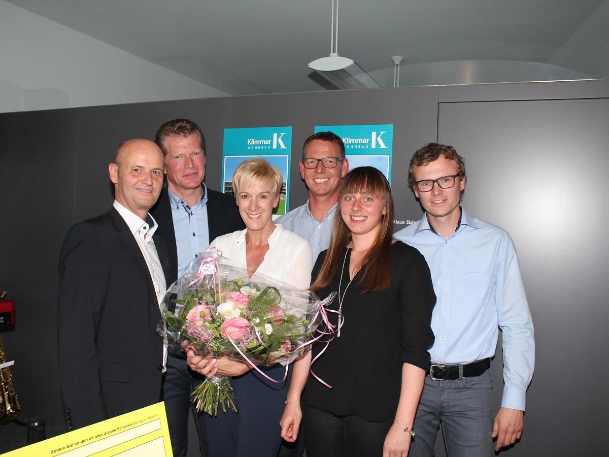 Das Team von Klimmer Wohnbau lud zur 25-Jahr-Feier.