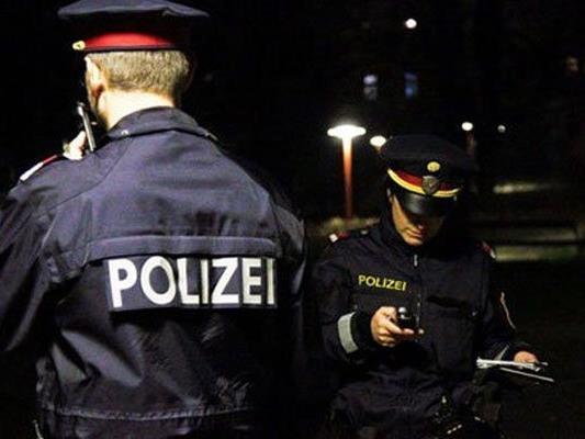 Schüsse auf Parkplatz vor einer Diskothek in Wien-Favoriten.