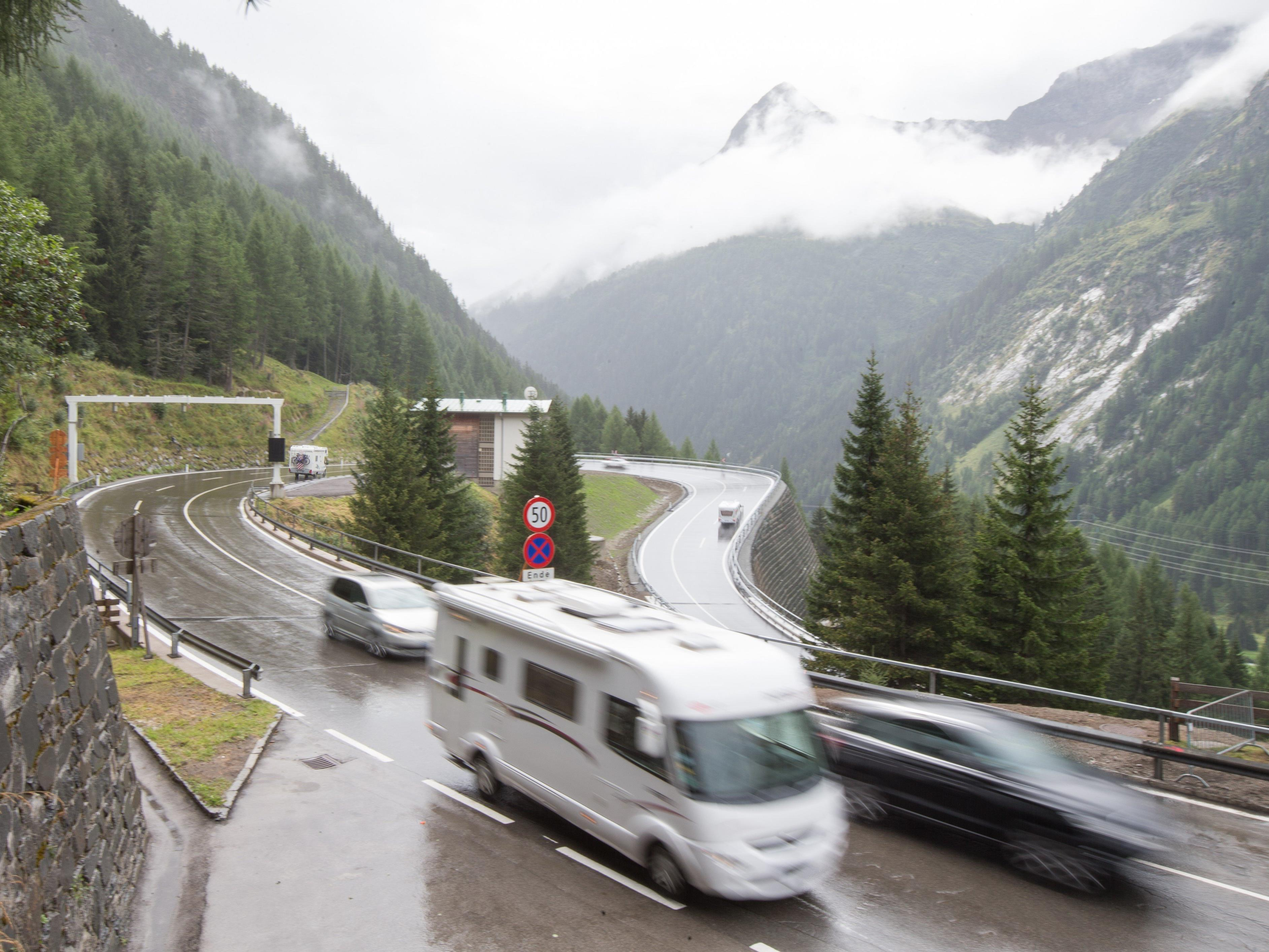 Auf der Felbertauernstraße in Salzburg kam es zum folgenschweren Unfall.