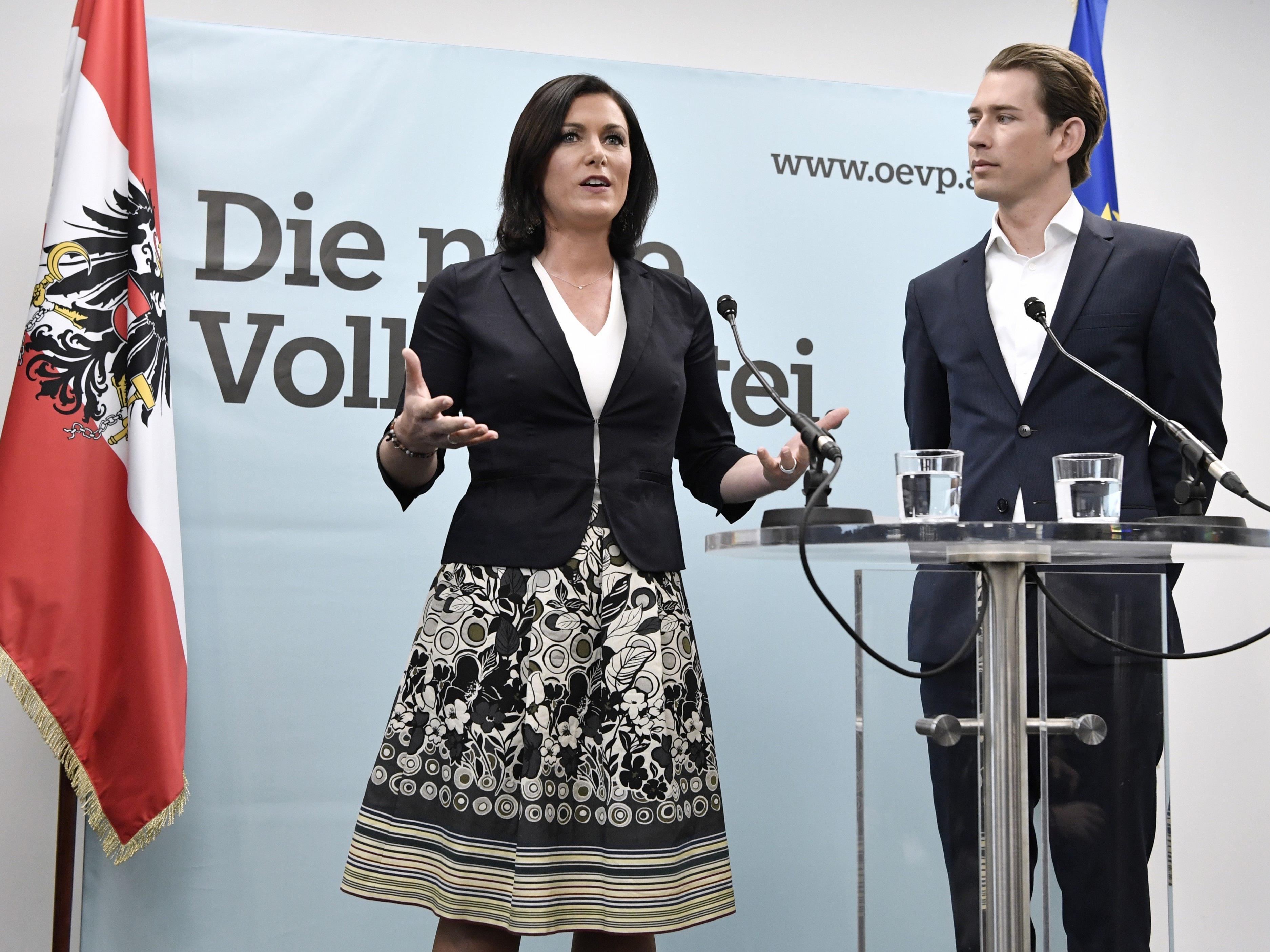 Die neue ÖVP-Generalsekretärin Elisabeth Köstinger und der designierte ÖVP-Chef AM Sebastian Kurz am Mittwoch