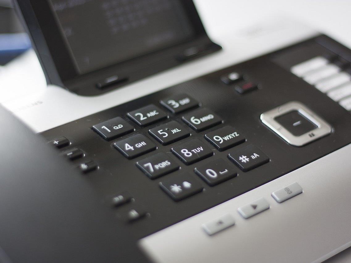 Die Wiener Schlüsseldienste werden mit Telefonanrufen lahmgelegt.