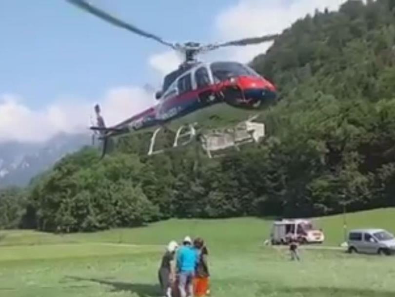 Fünf Feuerwehren wurden zu einem Waldbrand in Innerbraz gerufen.