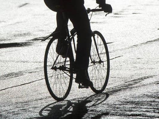 Der Radfahrer wurde den Polizisten gegenüber rabiat.