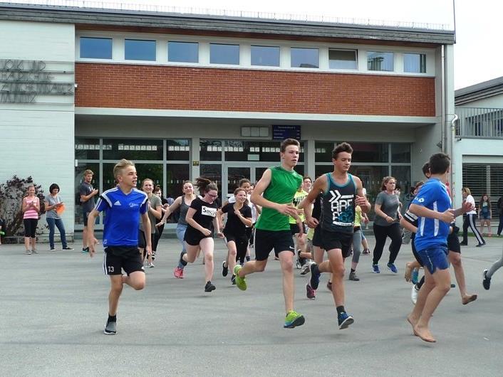 An der Mittelschule Muntlix wurde ein toller Vielseitigkeitswettbewerb veranstaltet.