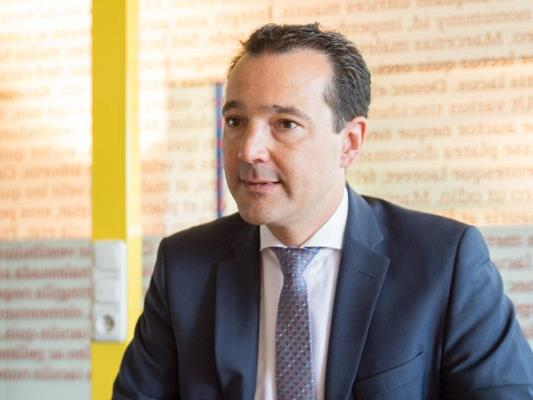 NEOS-Gesundheitssprecher Gerald Loacker ist sich sicher, dass viele Privatversicherte in Vorarlberg das Angebot, sich in Liechtenstein behandeln zu lassen, auch wahrnehmen werden.
