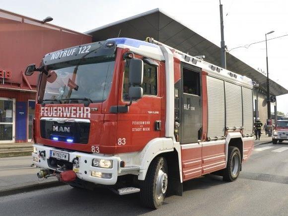 Nach dem Kabelbrand in Wien-Meidling ist die S80 weiterhin außer Betrieb.