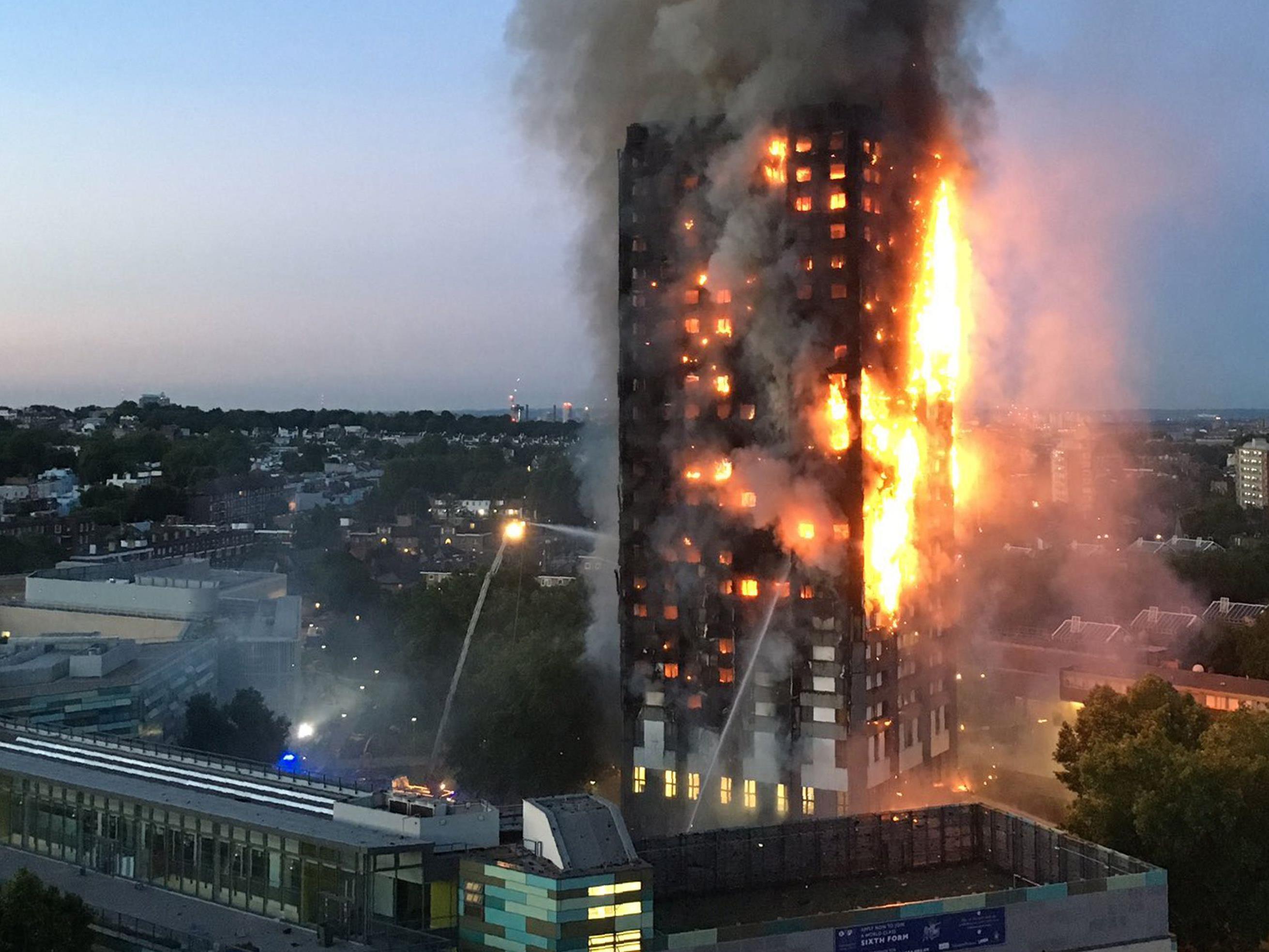 Laut Brandbekämpfungsexperten ist der Vollbrand eines Hochhauses, wie hier in London, in Österreich nicht möglich.