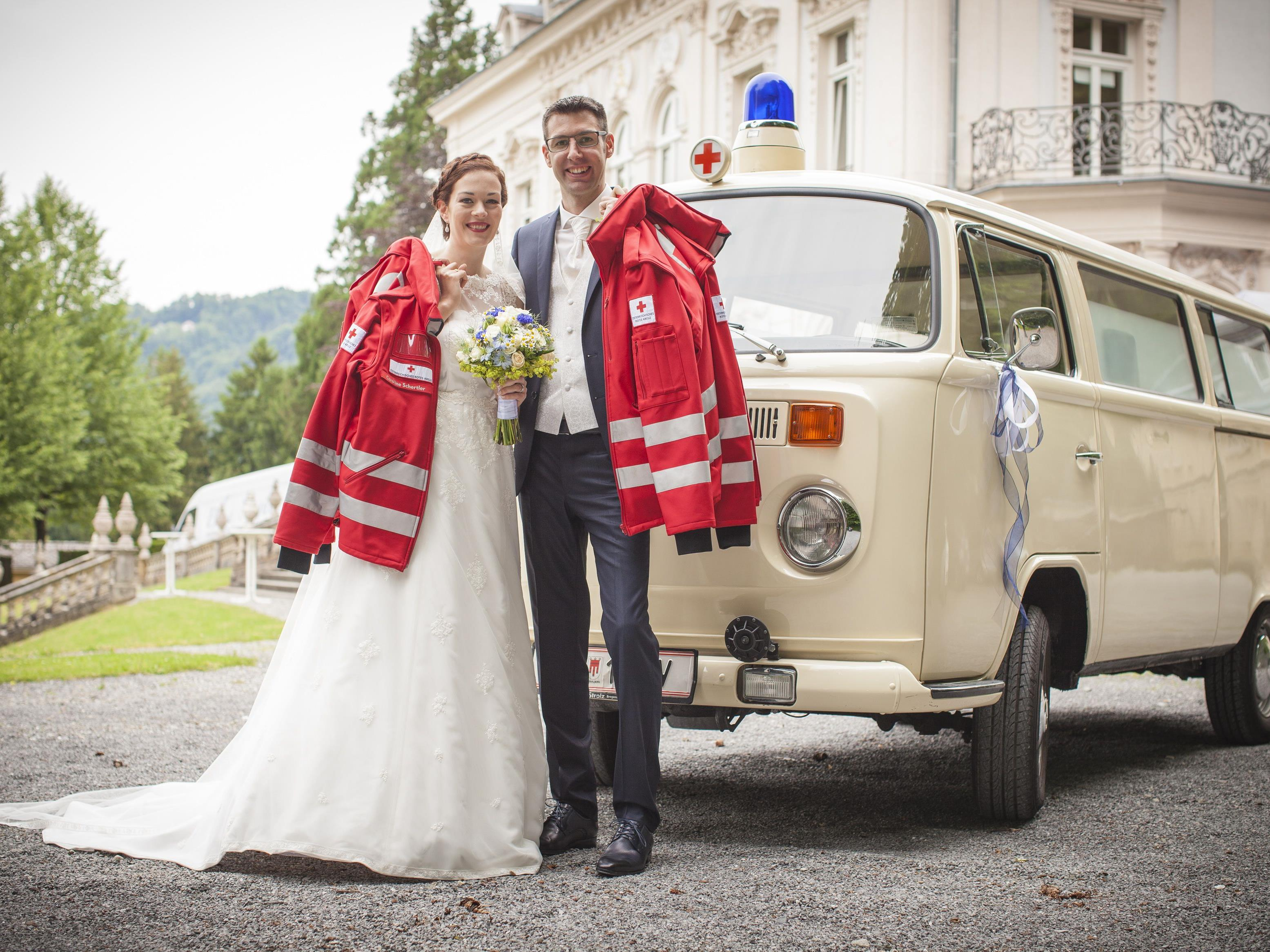 Caroline und Marc Schertler von der Rotkreuz-Abteilung Lustenau gaben sich das Ja-Wort.