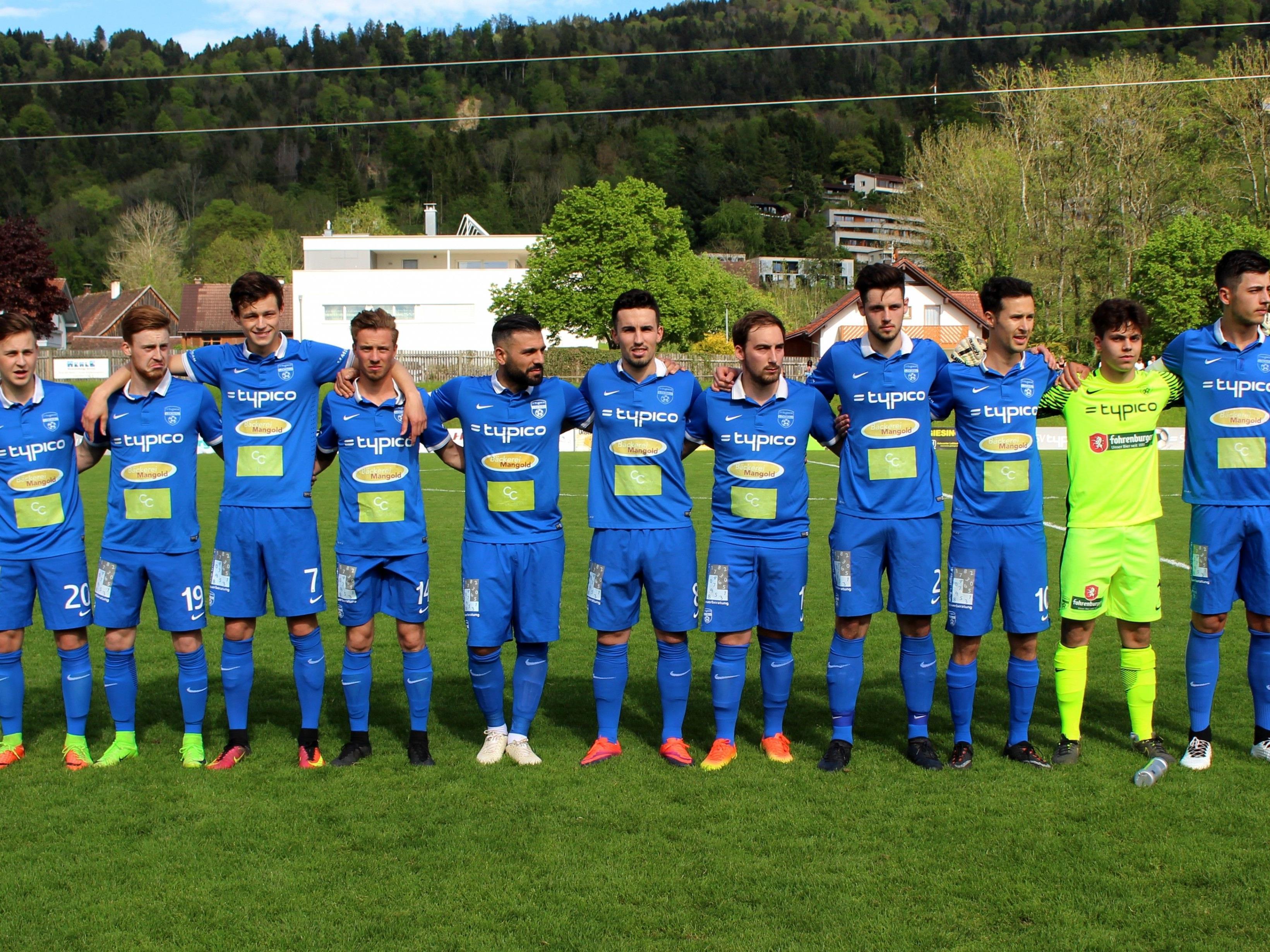 Die Kampfmannschaft des SV Typico Lochau hofft im letzten Landesliga-Heimspiel noch auf den Landesliga-Relegationsplatz mit den Aufstiegsspielen gegen Bizau oder Nenzing.