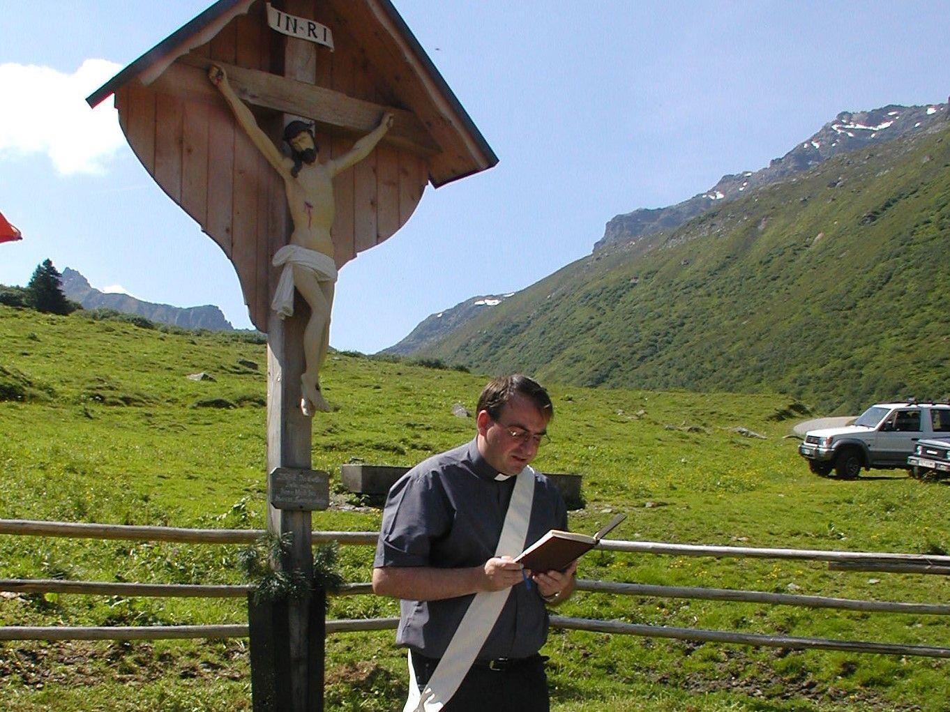 Pfarrer Hans Tinkhauser wird die Radiomesse feiern