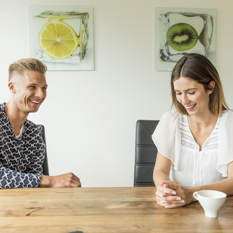 Philipp Netzer und Freundin Ines Dizdarevic im Sonntags-Talk mit Wann & Wo.
